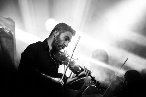black-and-white-classic-concert-1601-825x550